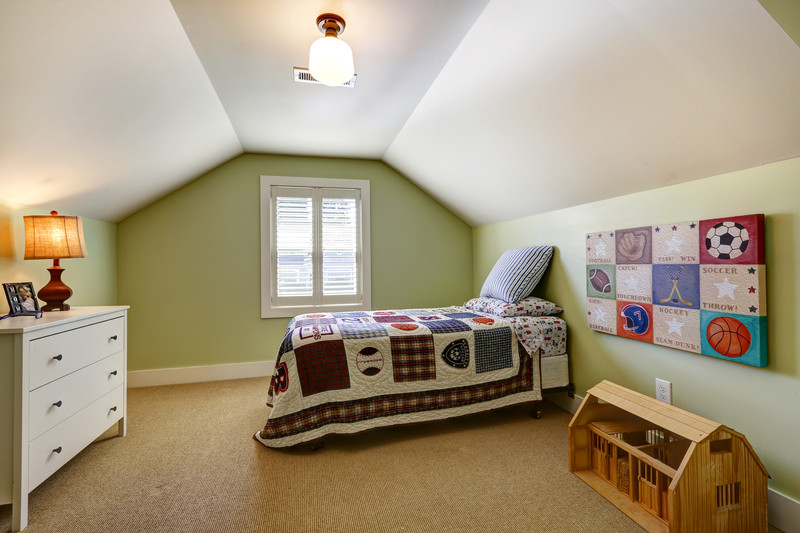 interior-bedroom-paint-green-and-white-Scarborough Me